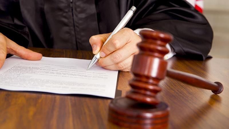 Обращение в суд и полицию
