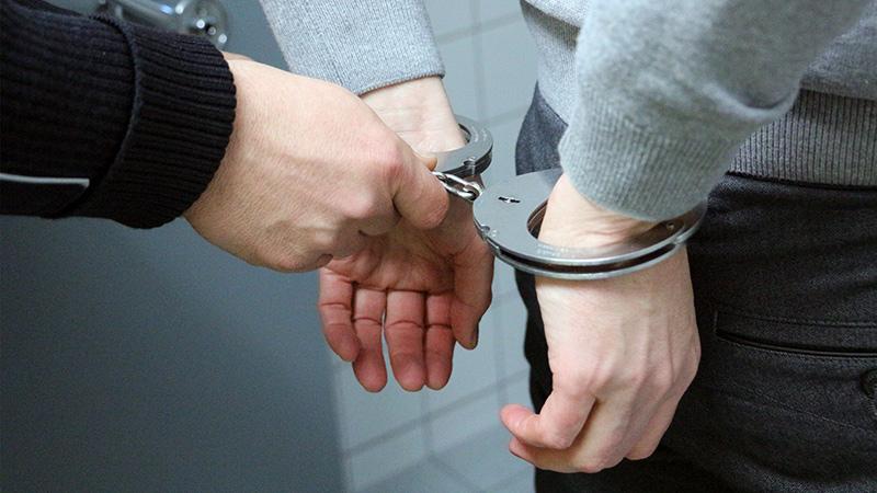 Обращение в правоохранительные органы и суд